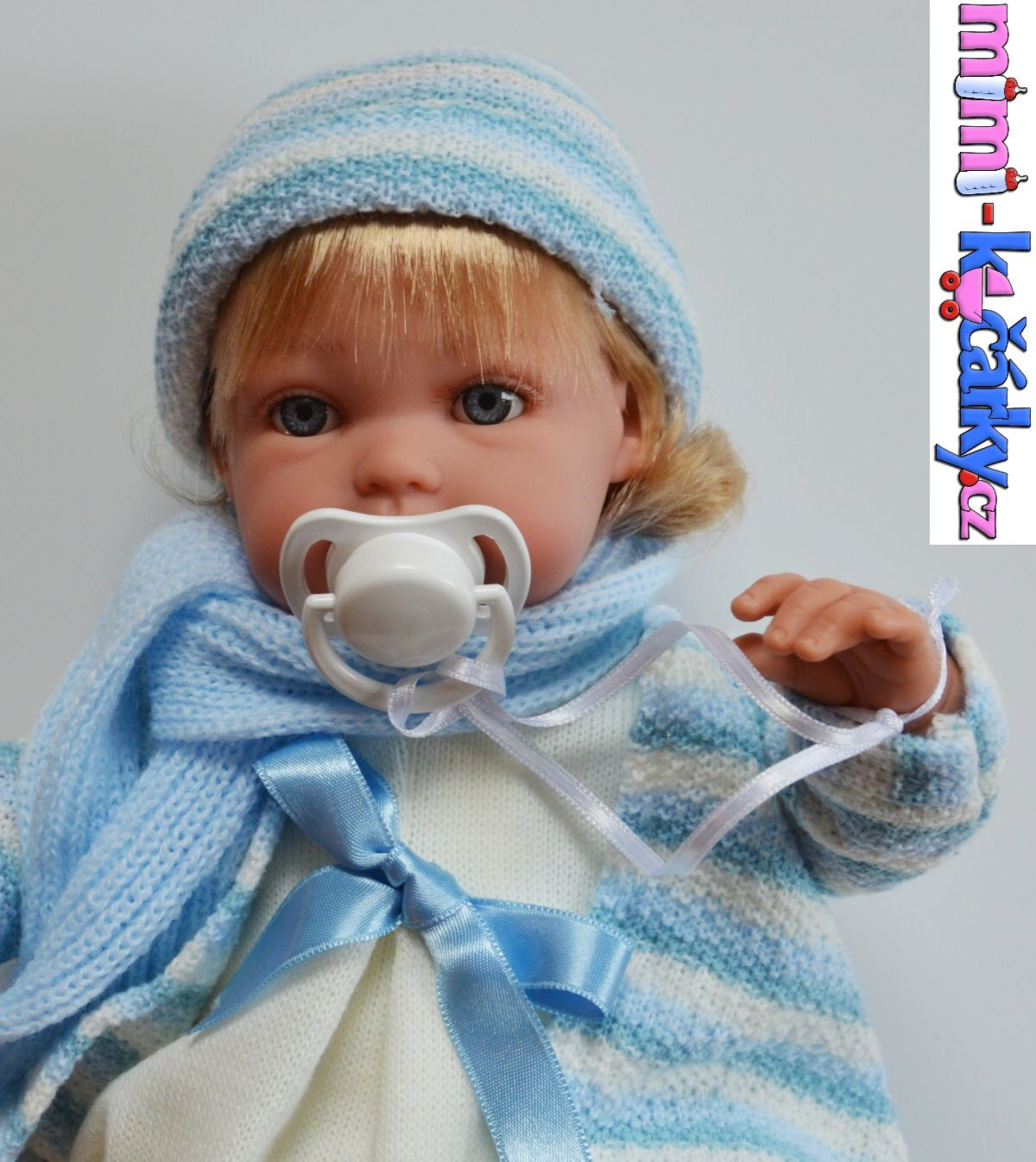 Španělská mluvící panenka Arias Lisa modrá 33cm