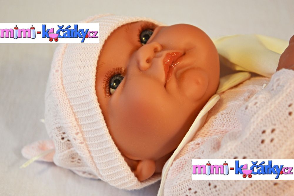 Realistická mluvící panenka Antonio Juan Nika holčička 40 cm