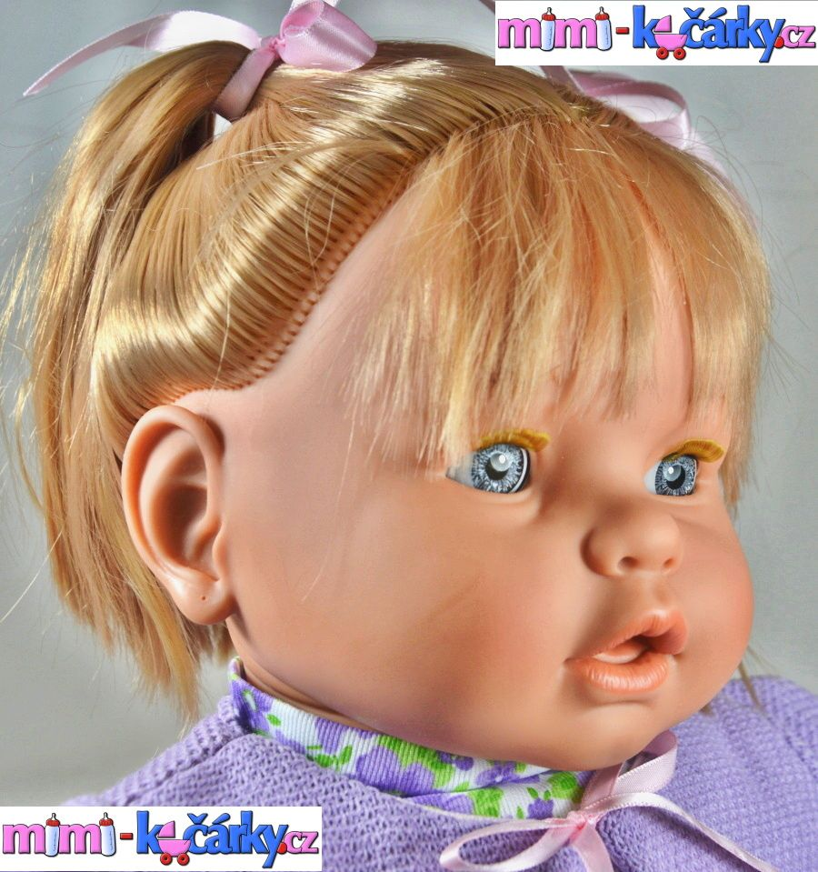 Mrkací panenka Berbesa Dulsone fialový svetřík 62 cm